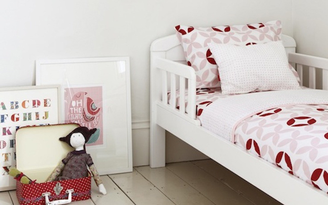 decoracion-escandinava-rojo-rosa-01