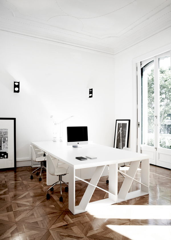 hangarDesignGroup-office-01