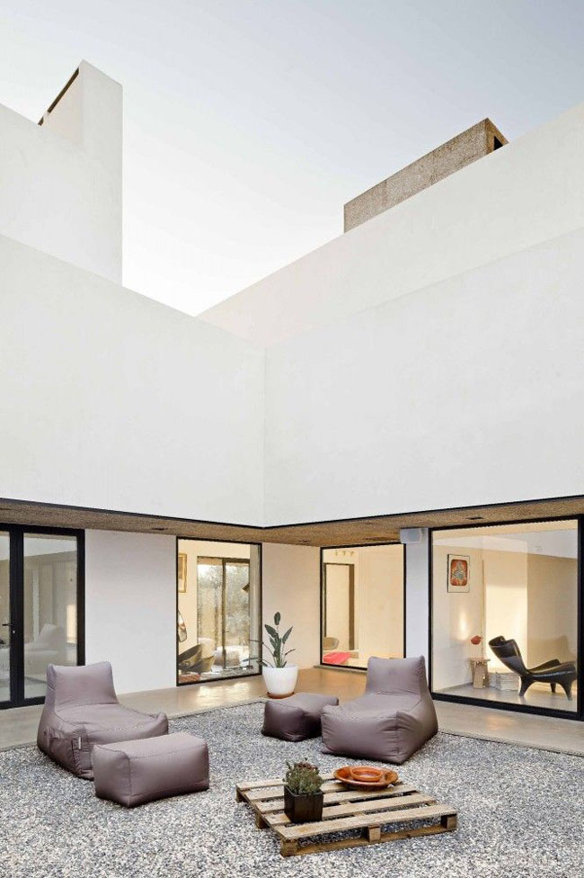 patio_interior_09