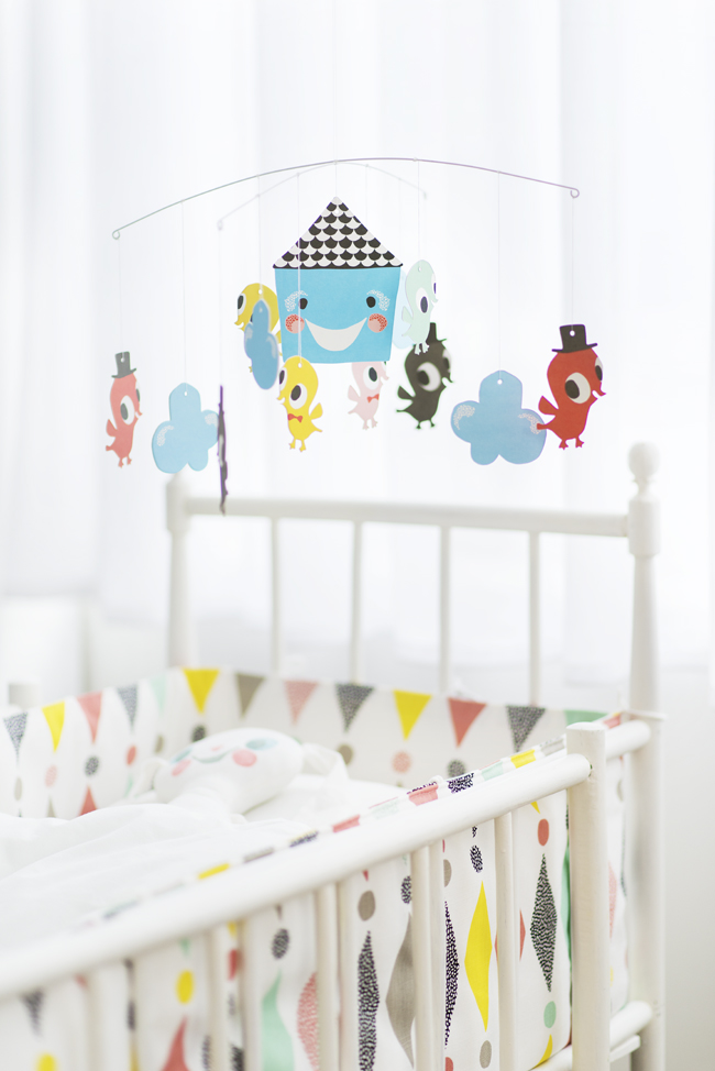 Littlephant_bird_mobile_bed