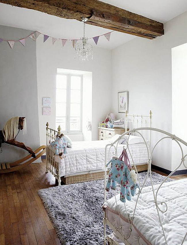 Dormitorios infantiles en blanco y madera estilo escandinavo - Dormitorios infantiles blancos ...
