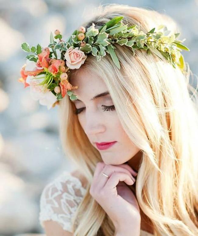 novias-corona-flores-12