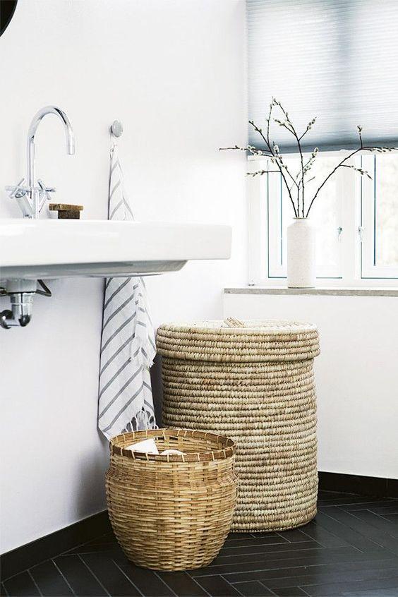 Hacer acogedor el cuarto de baño con accesorios en mimbre | Estilo ...